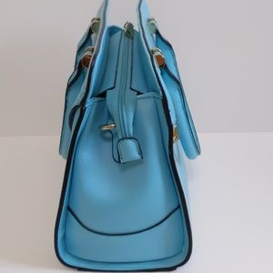Boutique Bags - New Gorgeous Blue Handbag